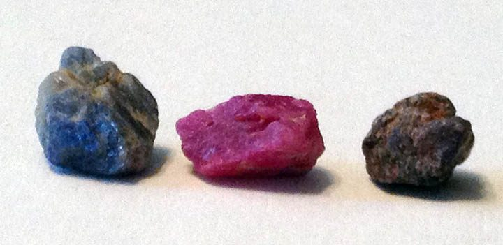 Строение алмаза и сравнение с корундом