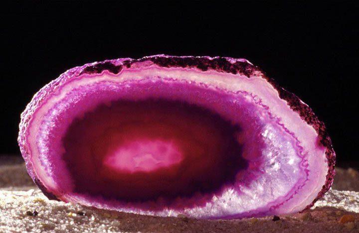 Розовый агат и его происхождение