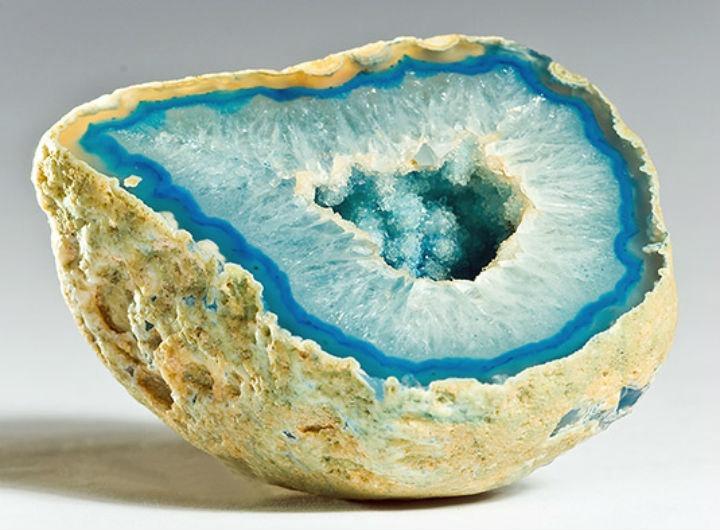 Цвет агата голубой кобальт