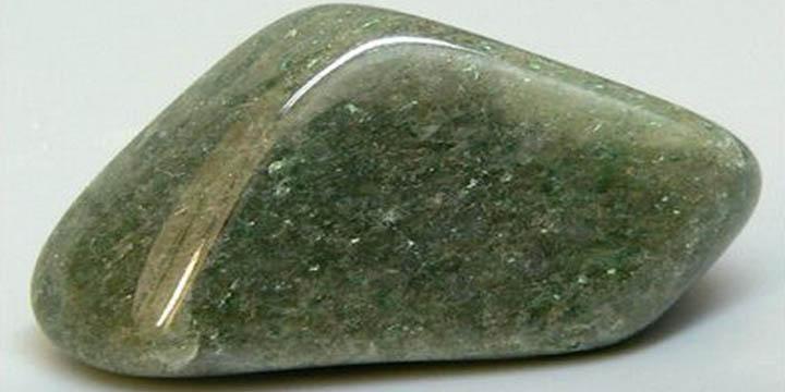 Авантюрин, магические и целебные силы камня-талисмана