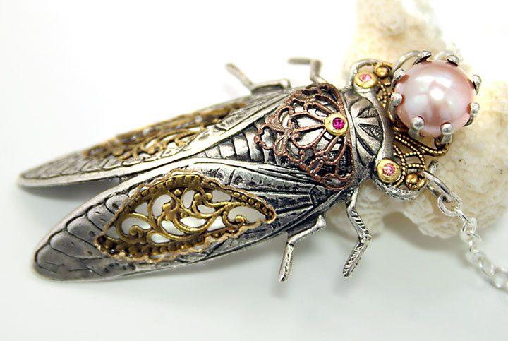 Розовый жемчуг: удивительные тайны драгоценного камня