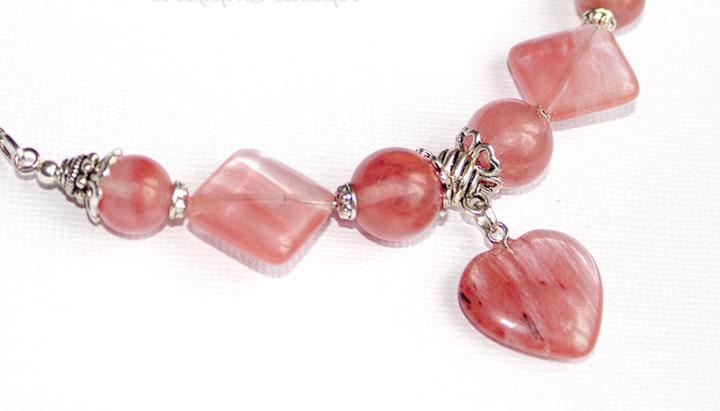 Розовый халцедон фото
